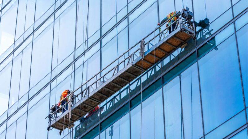 Quelles solutions pour nettoyer les vitres inaccessibles ?